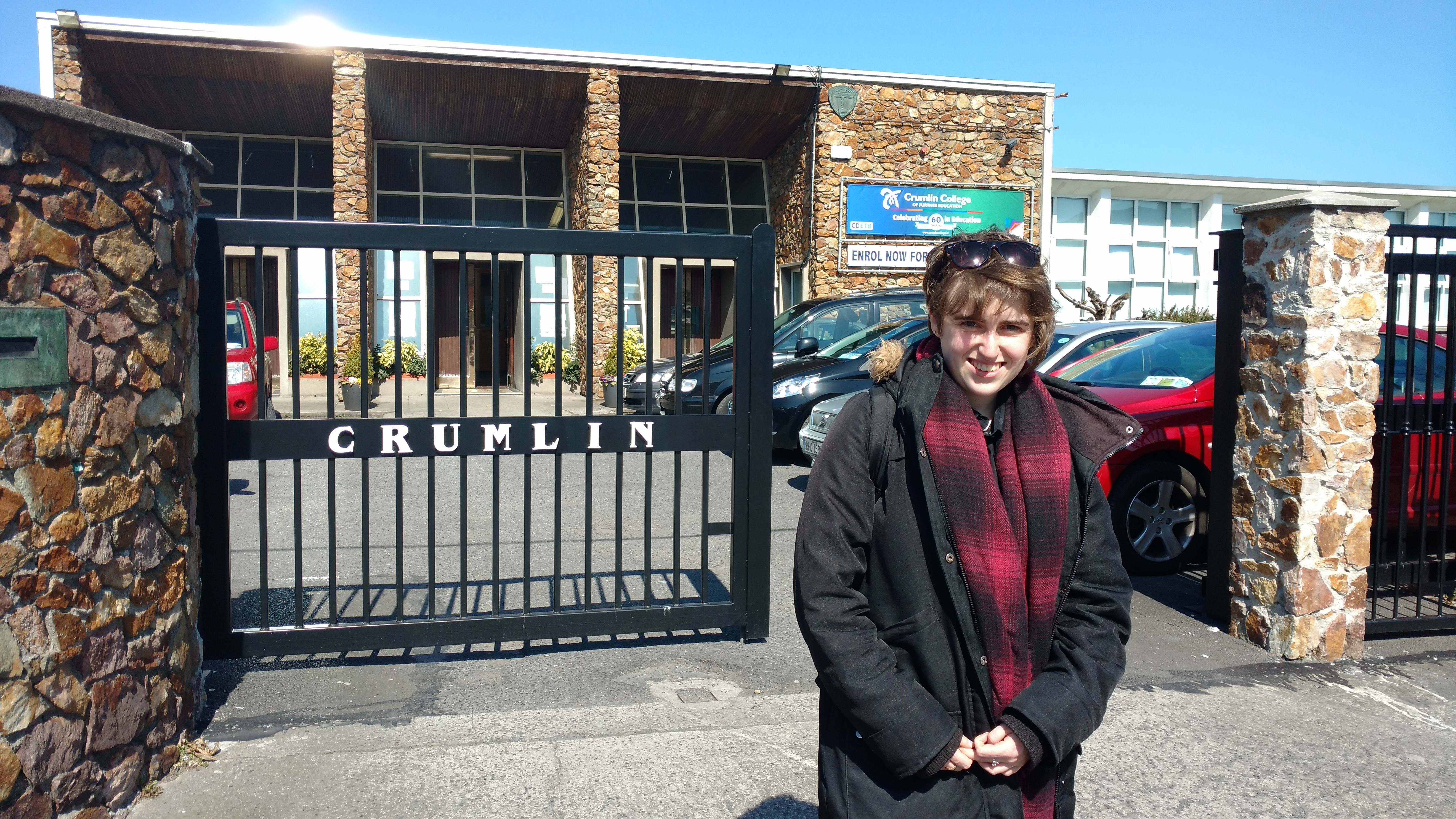 Image of Hannah outside her college